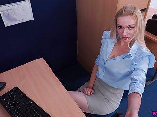 Kinky playful auburn buxom nympho Amber Jayne is near to go solo a bit