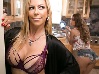Mommy's in favour girl! - Rebel Lynn with the addition of Alexis Fawx