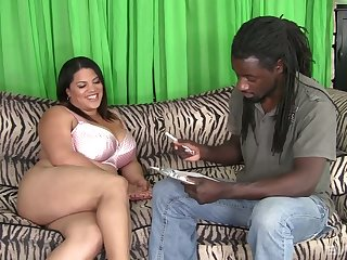 BBW Lady Spice gives the brush head and gets the brush plump pussy banged by horny BBC