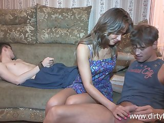Sophomore student Jessy Nikea promised the brush girlfriend and makes him cuckold