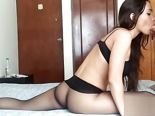 Pantyhose blowjob and fuck while in a split
