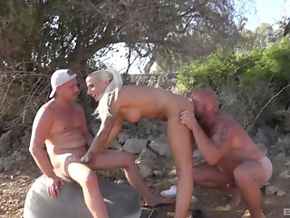 Stuck blonde chick fucked at the end of one's tether two horny dudes in the outdoors