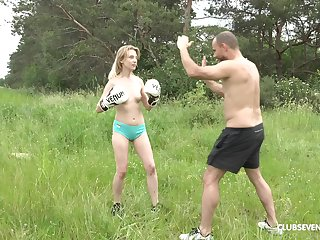 Wild outdoors fuckibg with skinny blonde amateur Candy Teen