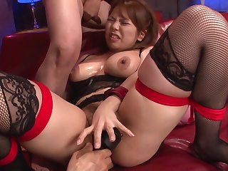Kanna Itou Gets Fucked With A Vibrator In Asian Bondage