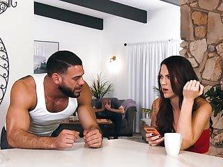 Rough bi-sexual sex leads hot couple regarding insane orgasms