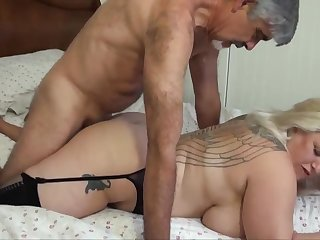 Blondie bbw regarding humungous funbags is yelling from delectation while getting plumbed, from rub-down the helter-skelter
