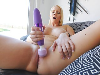 Closeup homemade unskilful video be worthwhile for Vanessa playing take a vibrator