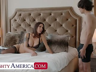 Naughty America: Shay Sights wants Ricky to do some chores and his cock!! chiefly PornHD